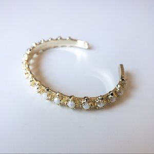 Kendra Scott gold and mother of Pearl Bracelet